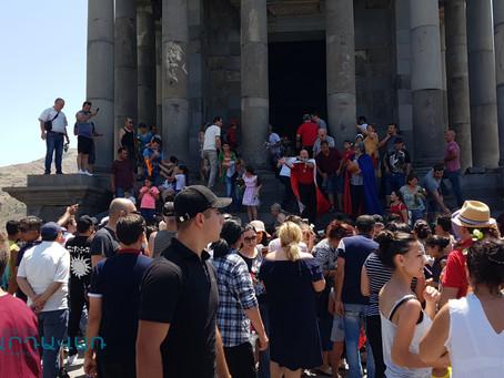 Ավելի քան 10000 մարդ Վարդավառը նշեց Գեղարդում և Գառնիում