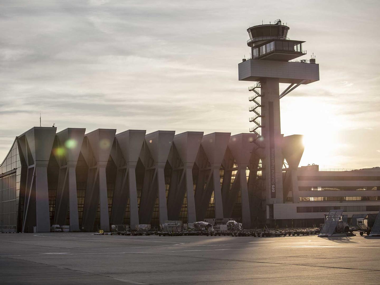 DFS_Tower_Frankfurt.jpg
