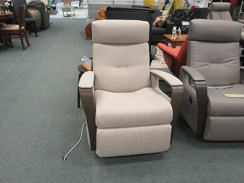 Avant Motorised Relaxer Chair