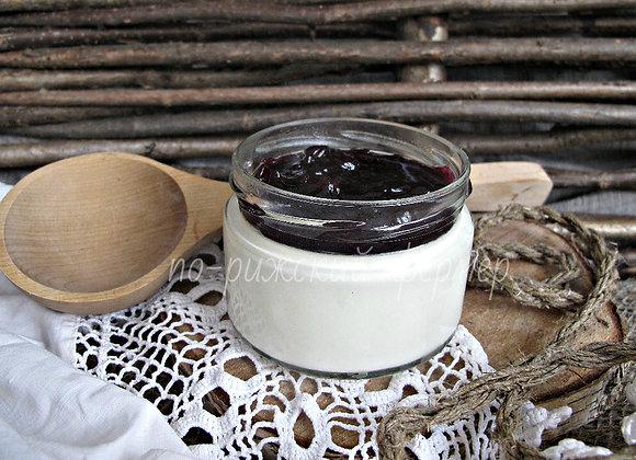 Йогурт со смородиновым джемом 250 г
