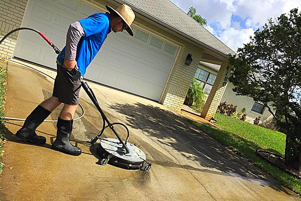 Using a Surface Cleaner While Pressure Washing a New Smyrna Beach Home - Dykes Pressure Cleaning