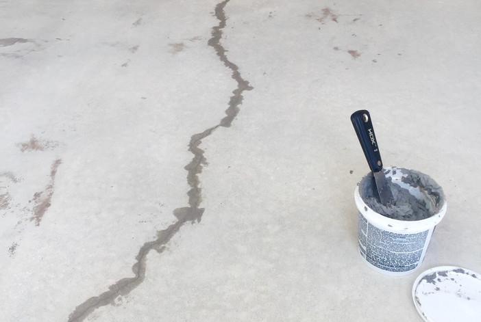 Garage Floor Crack Repair
