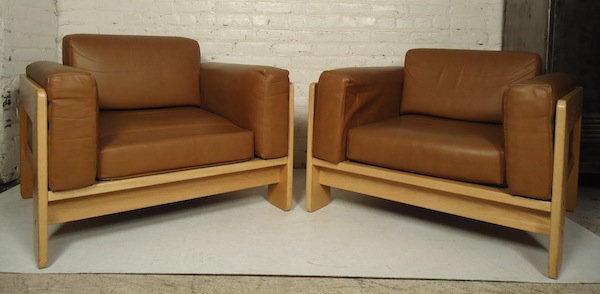 Pair of Knoll Lounge Chairs by Tobia Scarpa