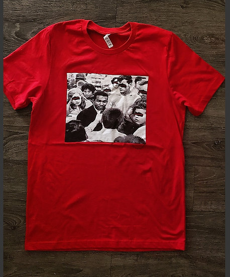 SEE NO EVIL Graphic tee x Red