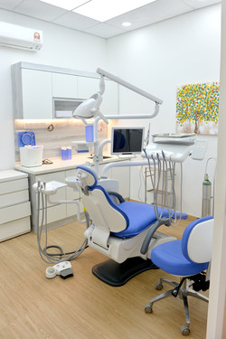 Dental Treatment Room (2)