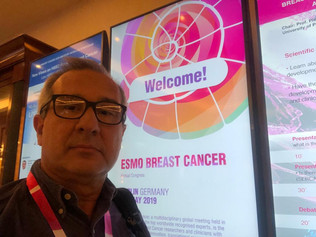 Oncologista participa de congresso na Alemanha sobre novos tratamentos para o câncer de mama