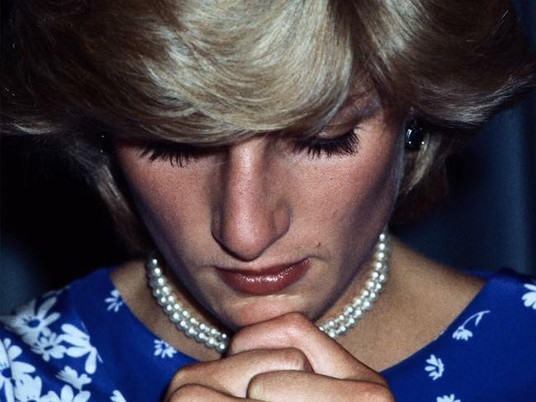 Review - Diana: In her own words