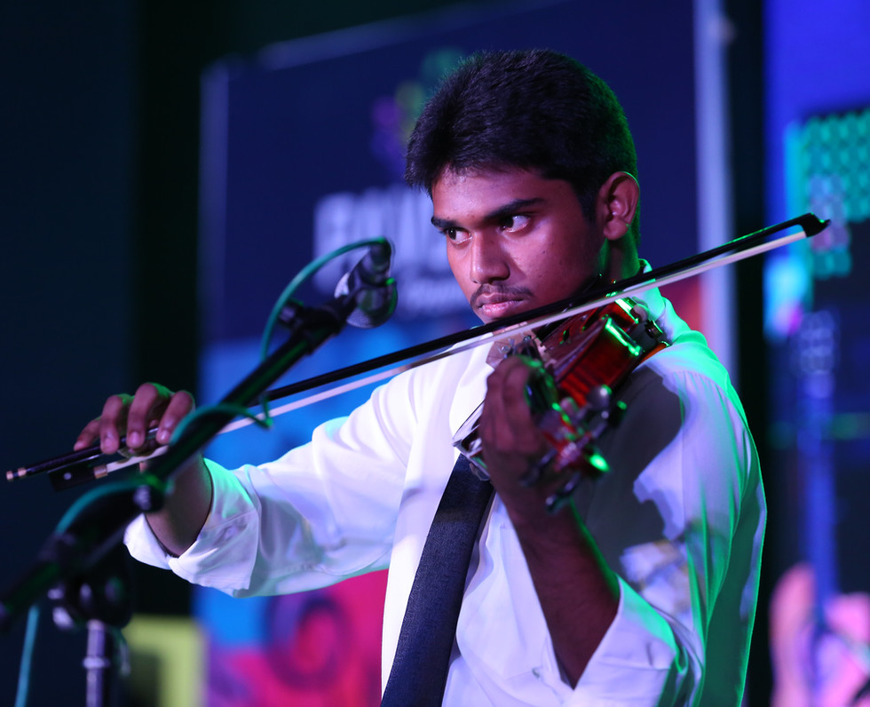 Violin Classes at Akira Music  Academy Thiruvanmiur Violin