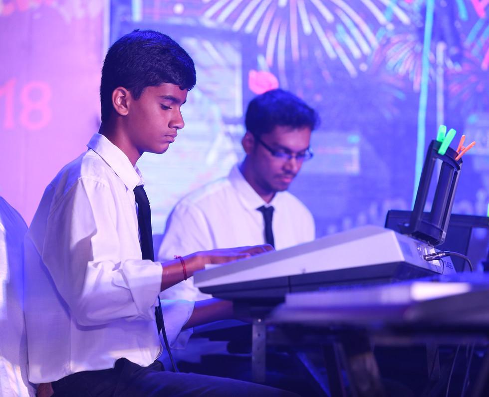 Keyboard Lessons at Akira music academy,