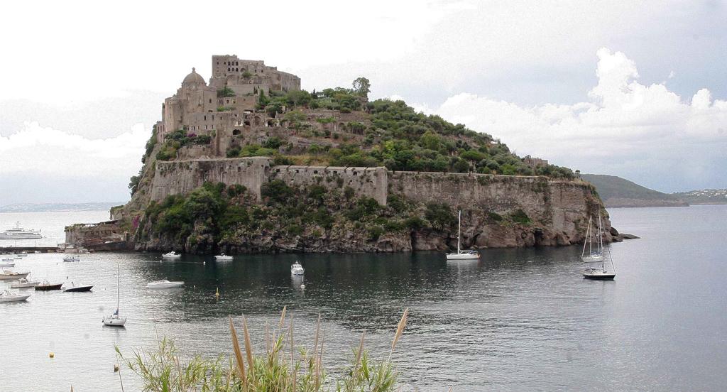 Castello Aragonese | isola d'ischia