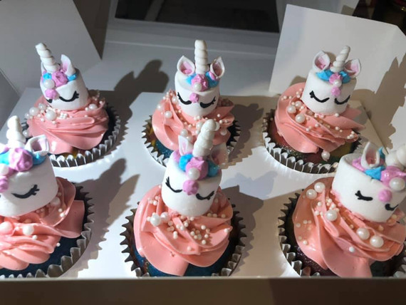 My daughter was obsessed with her birthday unicorn cupcakes. Both the cupcakes and service is impressive.