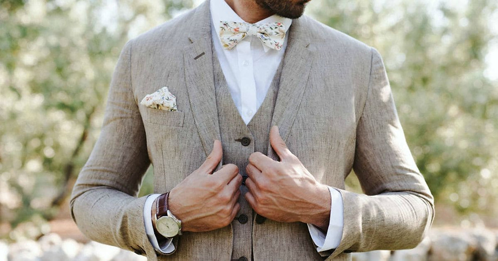 How To Choose Groom And Groomsmen Attire