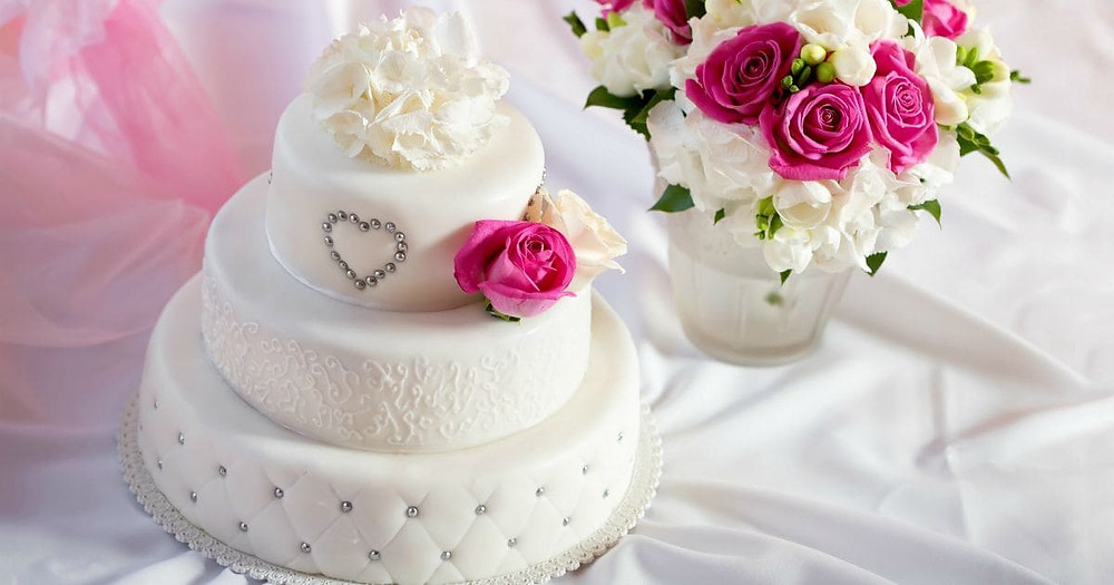 Latest Wedding Cake Trends