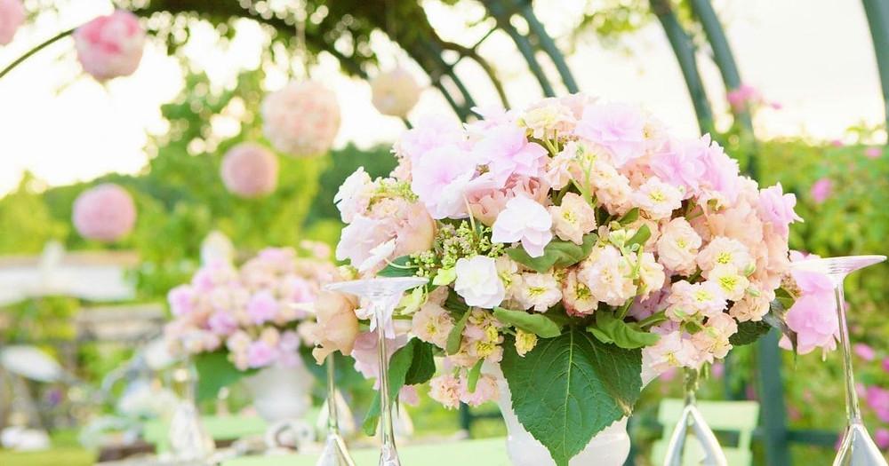 Awesome Spring Wedding Ideas