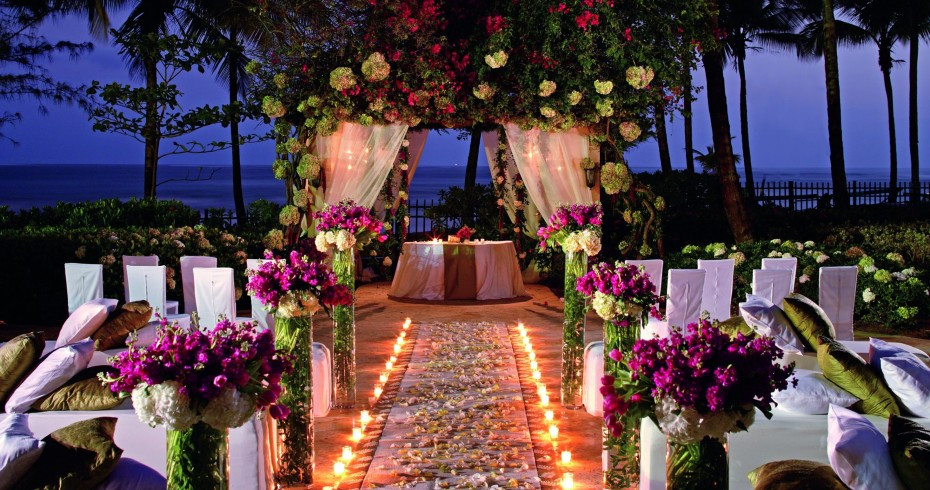 The Pros And Cons Of An Evening Wedding Ceremony