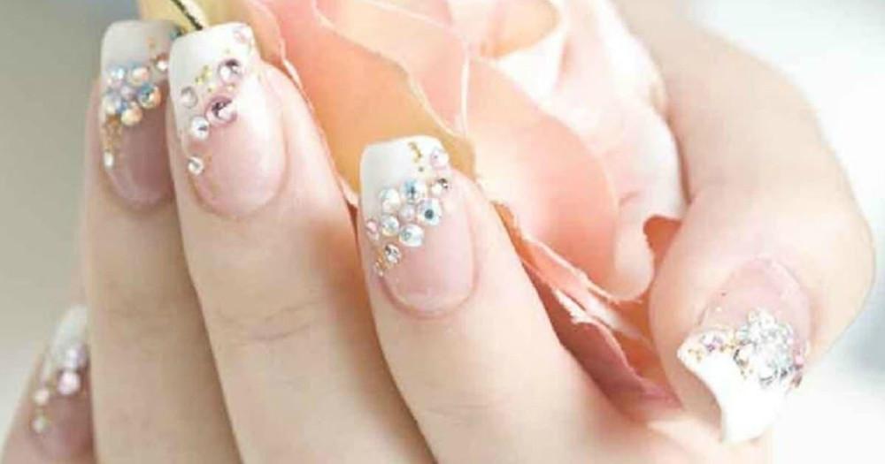 Pretty Bridal Manicure Ideas