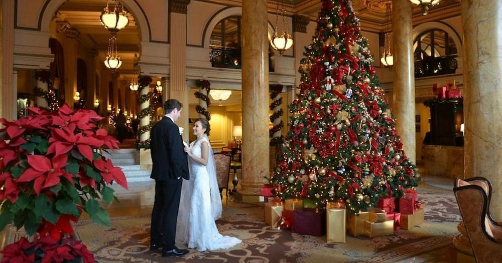 Awesome Christmas Wedding Ideas