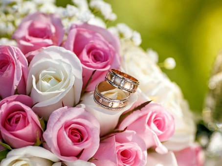 Подарки на розовую или оловянную свадьбу - необычные идеи