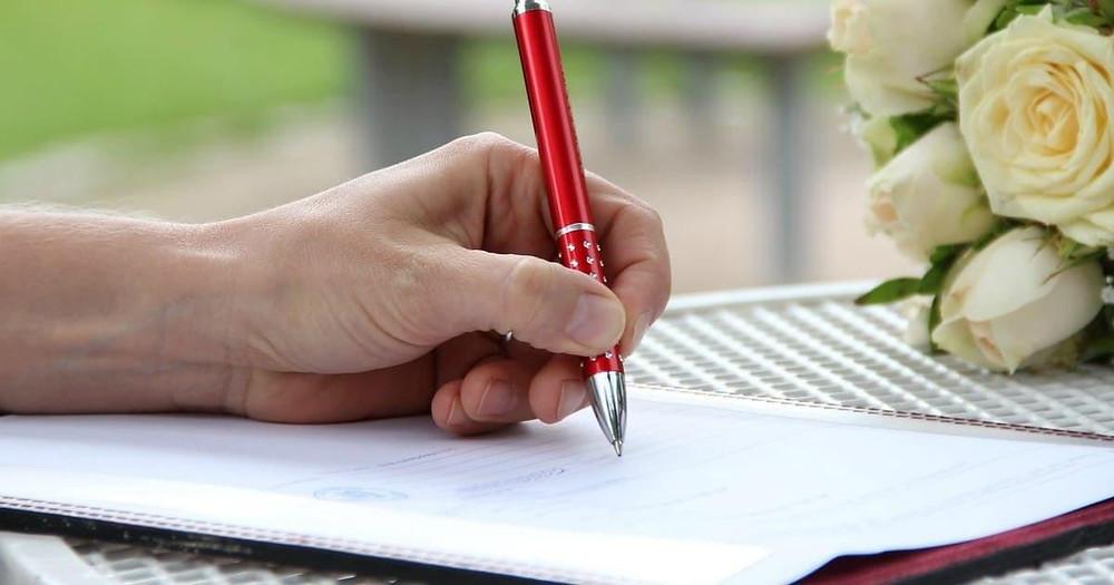 The Simple Wedding Planning Checklist