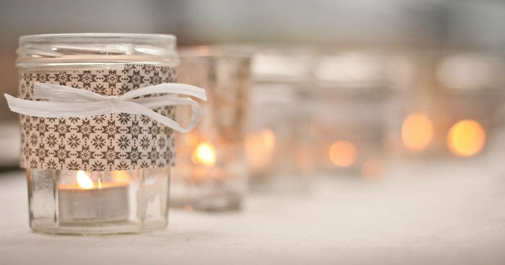 Ways To Use Candles As Wedding Decor