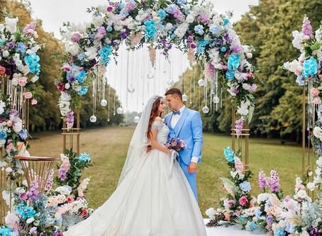Искусственные цветы на свадьбе