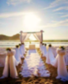 Amazing sunset wedding ceremony in Dubai