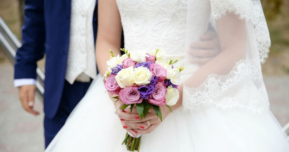Popular Wedding Flowers For Every Season