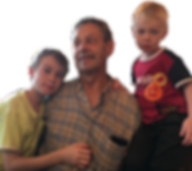 Johannes_Hösli_mit_seinen_Enkelkindern.p