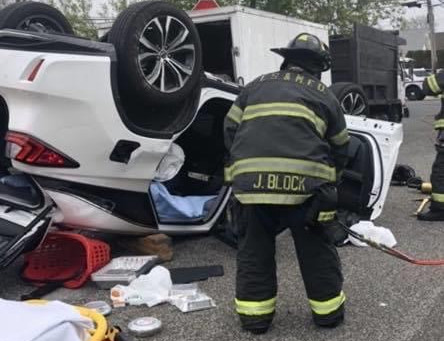 FSMFD Operating at an Overturned Auto Extrication -