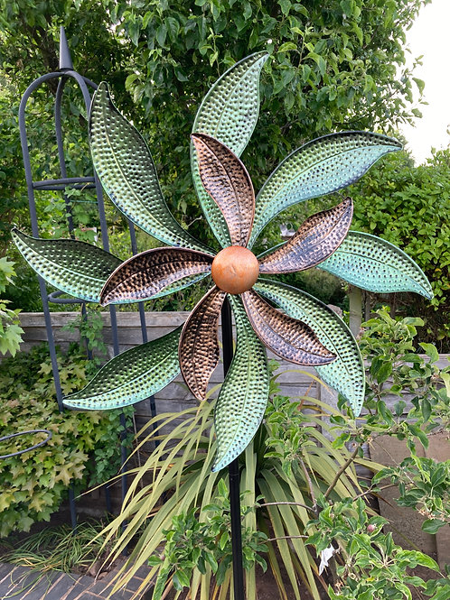 XL Garden Wind Spinner 185cm x 67cm
