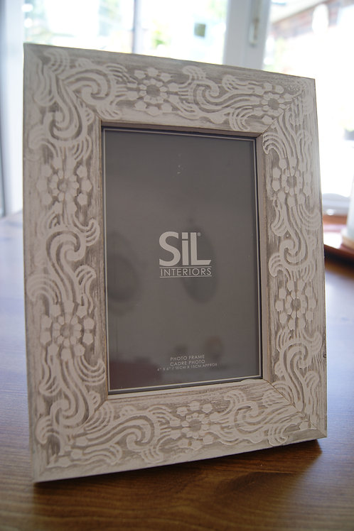 Rustic Patterned Photo Frame