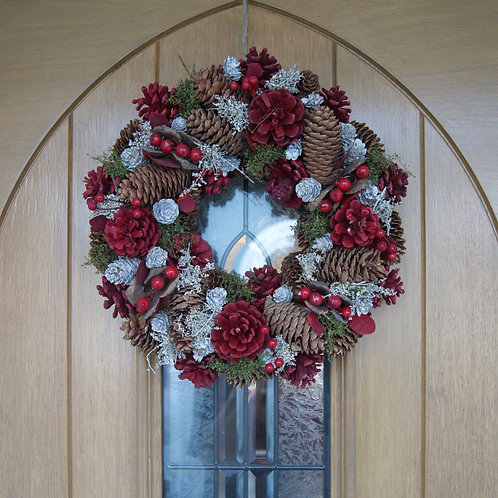 Red Winter Woodland Wreath