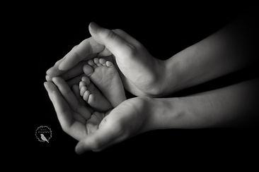 Newborn-hands