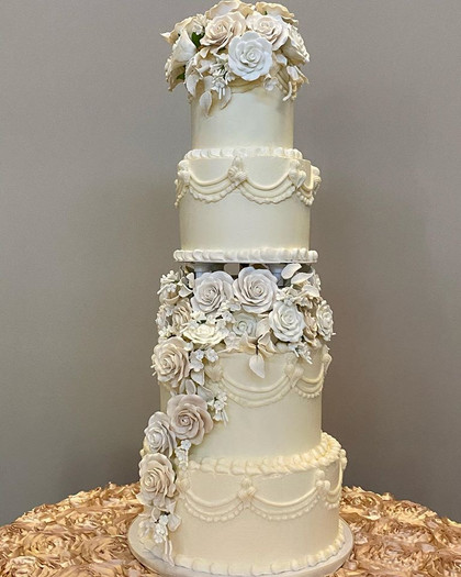 Piping and Tons of Sugar Flowers.jpg