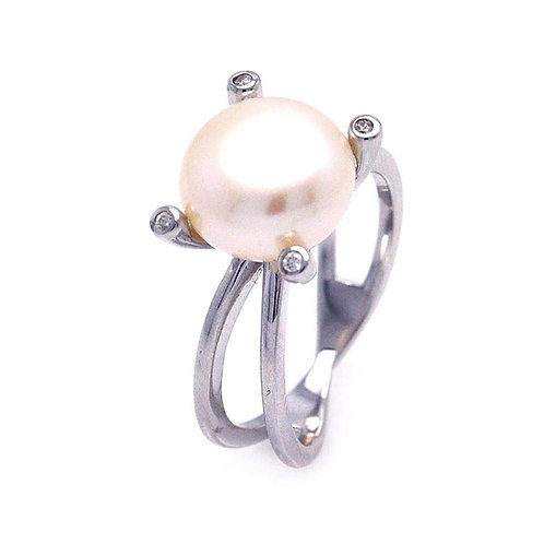 Synthetic Pearl White Cubic Zirconia Sterling Silver Split Ring