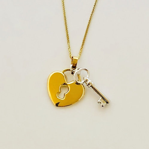 Key & Heart Lock Necklace in 14k Yellow Gold