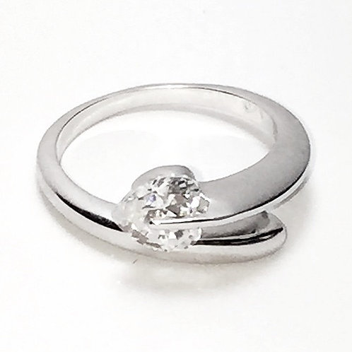 925 Rhodium Plated Overlapping Heart CZ Ring