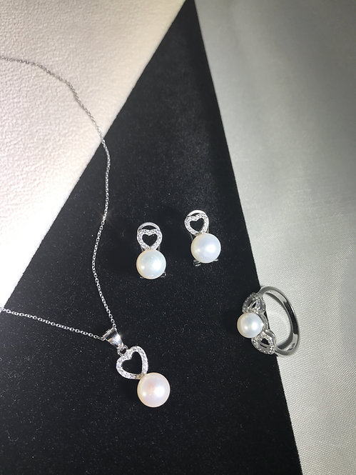 White Freshwater Small Heart Pearl Cubic Zirconia Heart Set