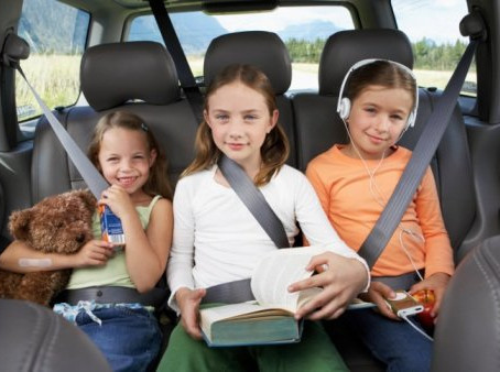 6 Tips on How to Survive a Road Trip with Kids
