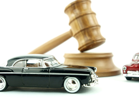 THE PRO'S AND CON'S OF BUYING A CAR AT AN AUCTION: