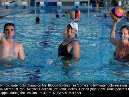 Aussie Olympian brings water polo to Cairns' Tobruk Memorial Pool