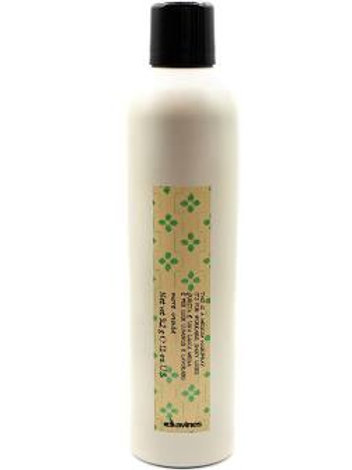 Davines Medium Hairspray
