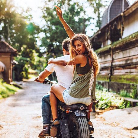 Lightroom-CC-Presets-Women-smiling-bike-bali-road