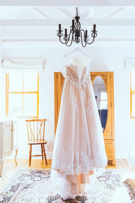 Presets-for-Wedding-dress-white-room.jpg