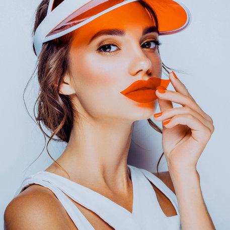 Lightroom-CC-Presets-Model-female-studio-portrait