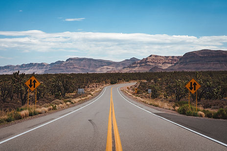 Empty Highway - Enric Cruz López.jpg