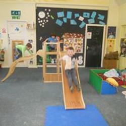 indoor climbing frame 1.jpg