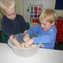 flour play.jpg