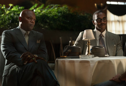 Samuel L Jackson and Anthony Mackie in The Banker