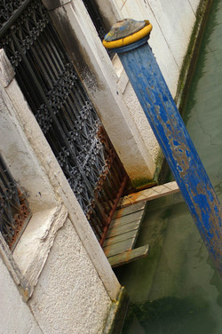 Axis.Venice